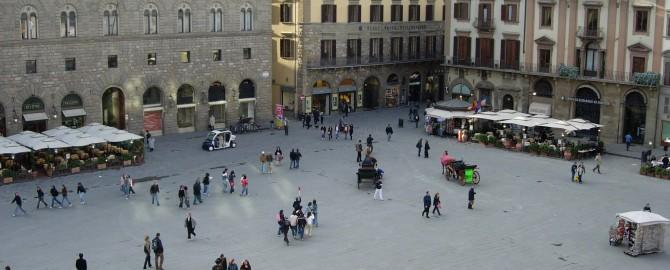"""""""Piazza della Signoria"""" by Samuli Lintula - Own work. Licensed under CC BY 2.5 via Wikimedia Commons"""